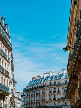 streets-of-paris-PV7Y89Z.png